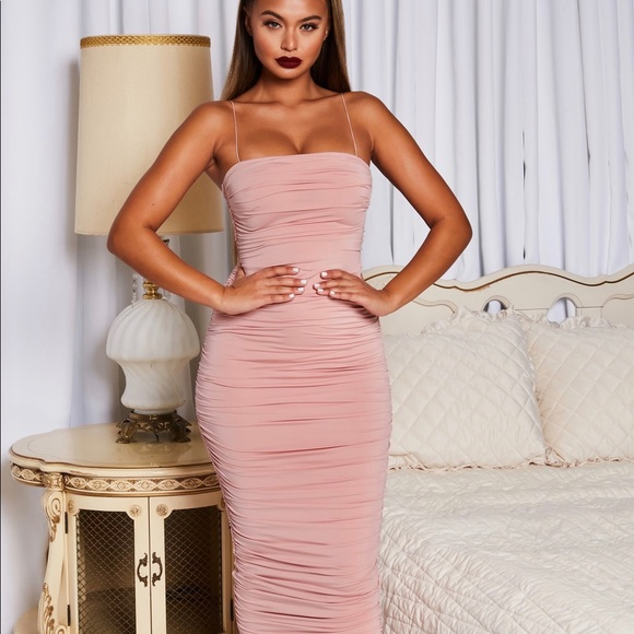 Oh Polly Dresses & Skirts - Oh Polly Keep it Simple Midi Dress